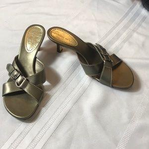 Antonio Melani bronze 2 inch heel slide size 6 1/2